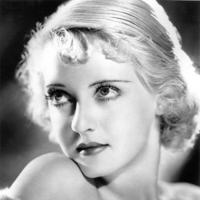 Bette Davis, wow so beautiful