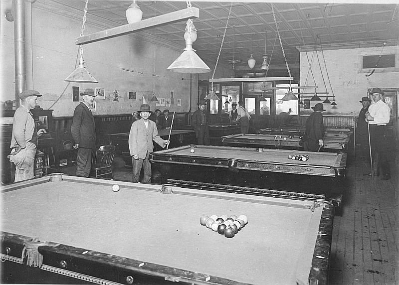 History Of Billiard Chronology - Mosconi pool table