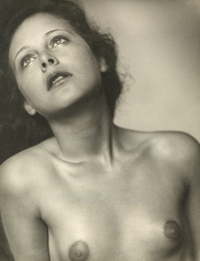 The most stunning photo from the NY Public Library--Hedy Lamarr by Trude Fleischmann 1930.