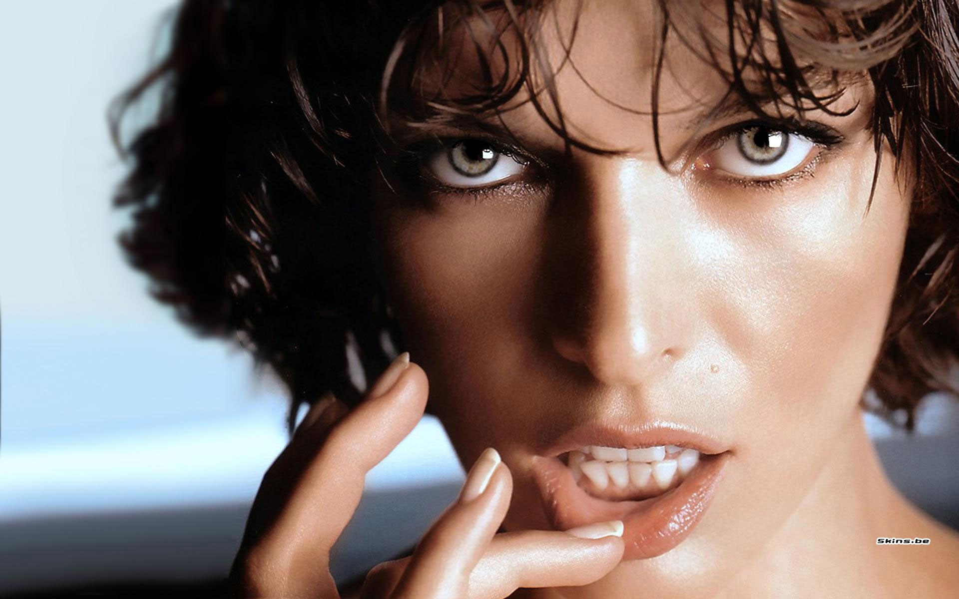http://www.a-gc.com/images/2012/09/women-actress-lips-milla-jovovich-HD-Wallpapers.jpg